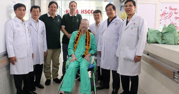 CDC Mỹ chúc mừng Bệnh viện Chợ Rẫy điều trị thành công cho phi công người Anh