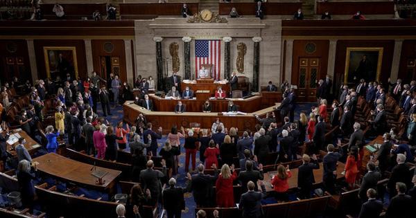 Bà đầm thép Nancy Pelosi ghi dấu ấn tại Hạ viện Mỹ