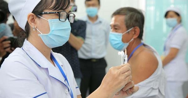 Có vắc-xin Covid-19 vẫn phải cảnh giác với dịch