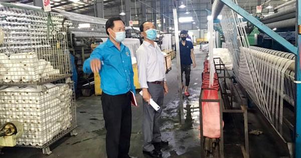 Động viên công nhân bị tai nạn lao động
