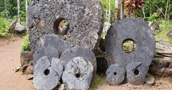 Kỳ lạ hòn đảo nơi người dân dùng tiền xu khổng lồ nặng tới 4 tấn