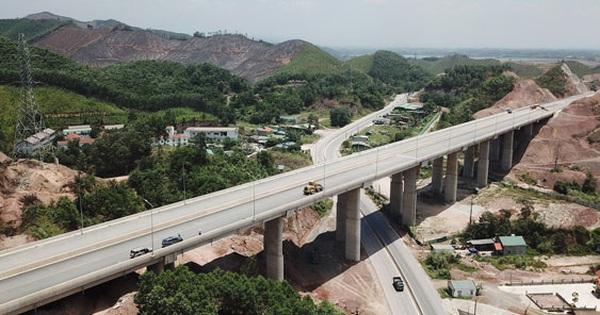 """Đường cao tốc: """"Bệ phóng"""" cho Quảng Ninh phát triển"""