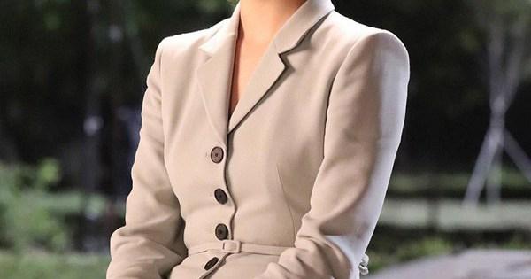 4 kiểu áo blazer đẹp, dễ phối đồ trong phim Hàn