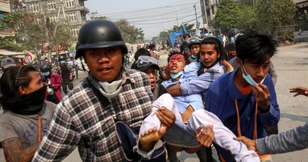 EU và Mỹ tung đòn rắn tới tấp vào quân đội Myanmar