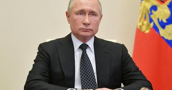 Điện Kremlin: Mọi người hãy tin rằng Tổng thống Putin đã tiêm vắc-xin Covid-19!
