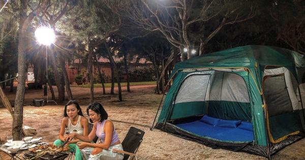 Kỳ thú cắm trại ngắm biển đêm