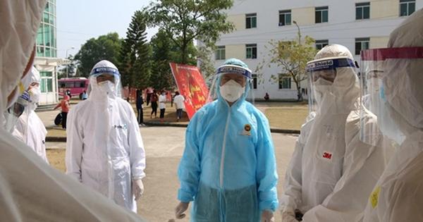 Bác sĩ Bệnh viện Phổi dương tính SARS-CoV-2 có liên quan đến vợ giám đốc mắc Covid-19