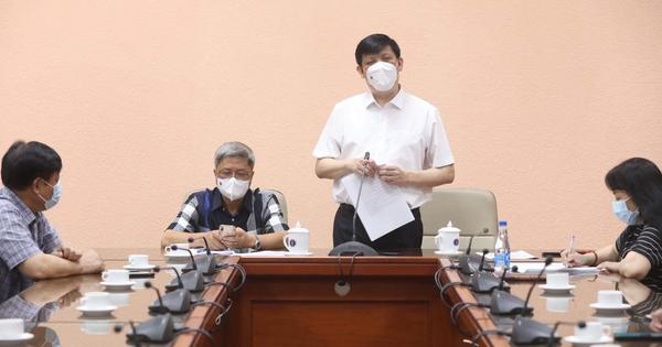 Thứ trưởng Bộ Y tế Nguyễn Trường Sơn và đoàn công tác sang Lào thực hiện cách ly tập trung