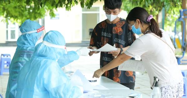 Hà Nội ghi nhận hơn 100 ca bệnh Covid-19 mới trong ngày 30-7