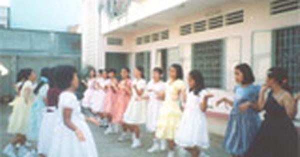 Trả lại tuổi thơ cho trẻ em nghèo bất hạnh