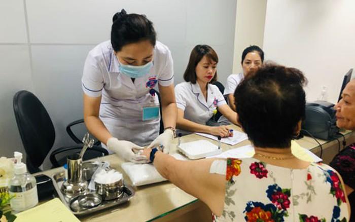Điều chỉnh giá 1.900 dịch vụ y tế - Báo Người lao động