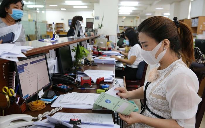 Công chức, viên chức bị buộc thôi việc sẽ không được trợ cấp thôi việc - Báo Người lao động